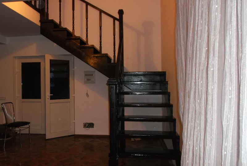 scari-interioare-pe-vanguri-(28)