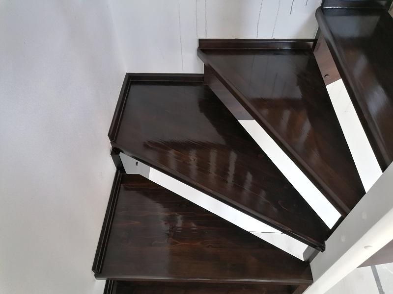 scari pe vanguri – scari interioare-(4)