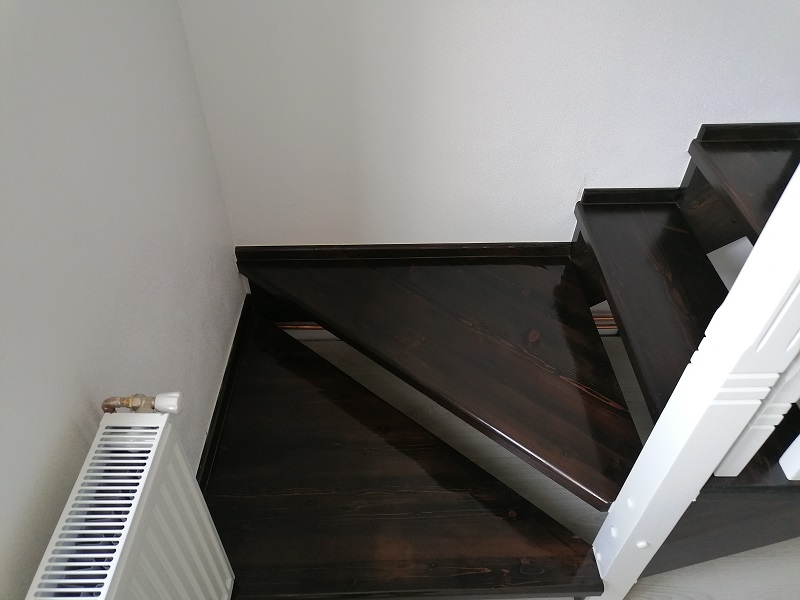 scari pe vanguri – scari interioare-(6)