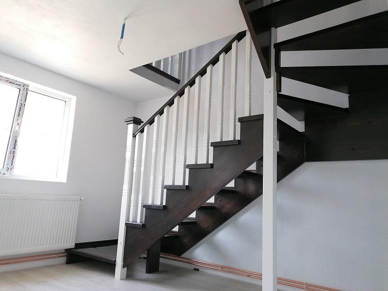 scari pe vanguri – scari interioare-(9)