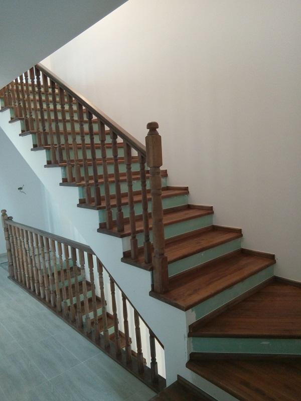 scari-interioare-placare-trepte-beton-(13)